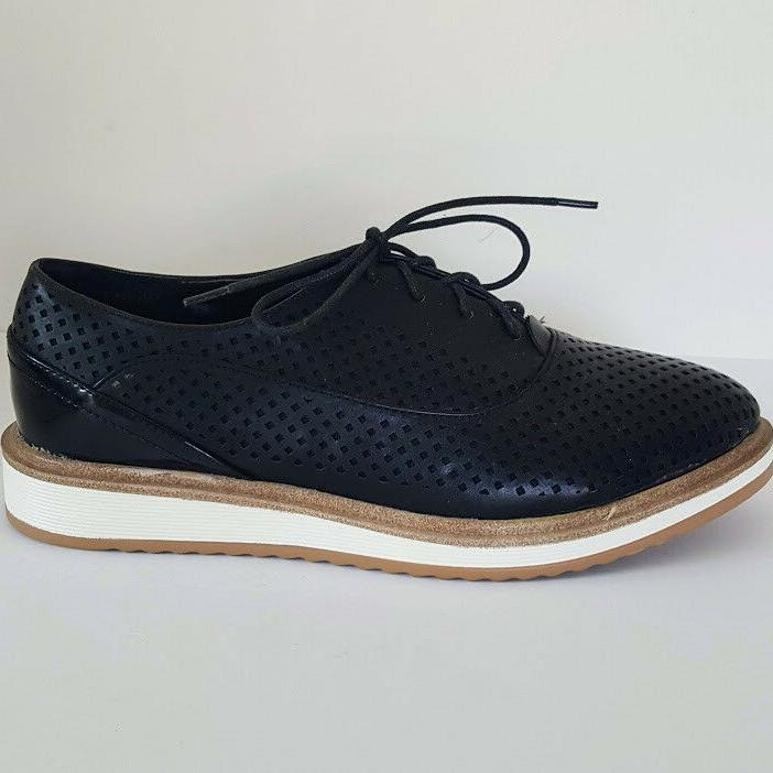 Wanted MacDaddy Lace Oxford Shoes Women's 9 Black Synthetic Leather