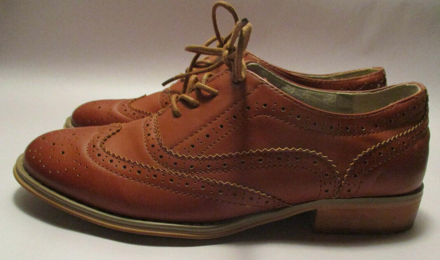 New 7 1/2M Lace Wing Tip Oxford