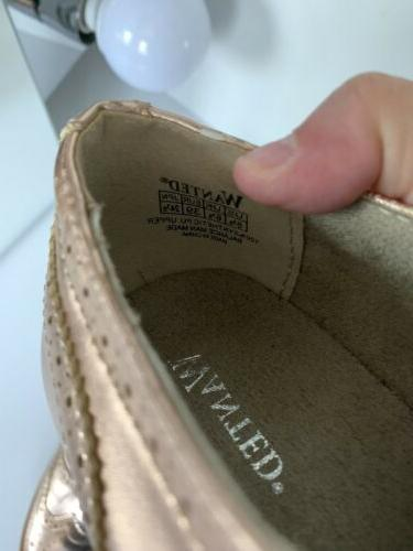 NWOB Wanted Women Gold Flat Lace Up Size Size 8