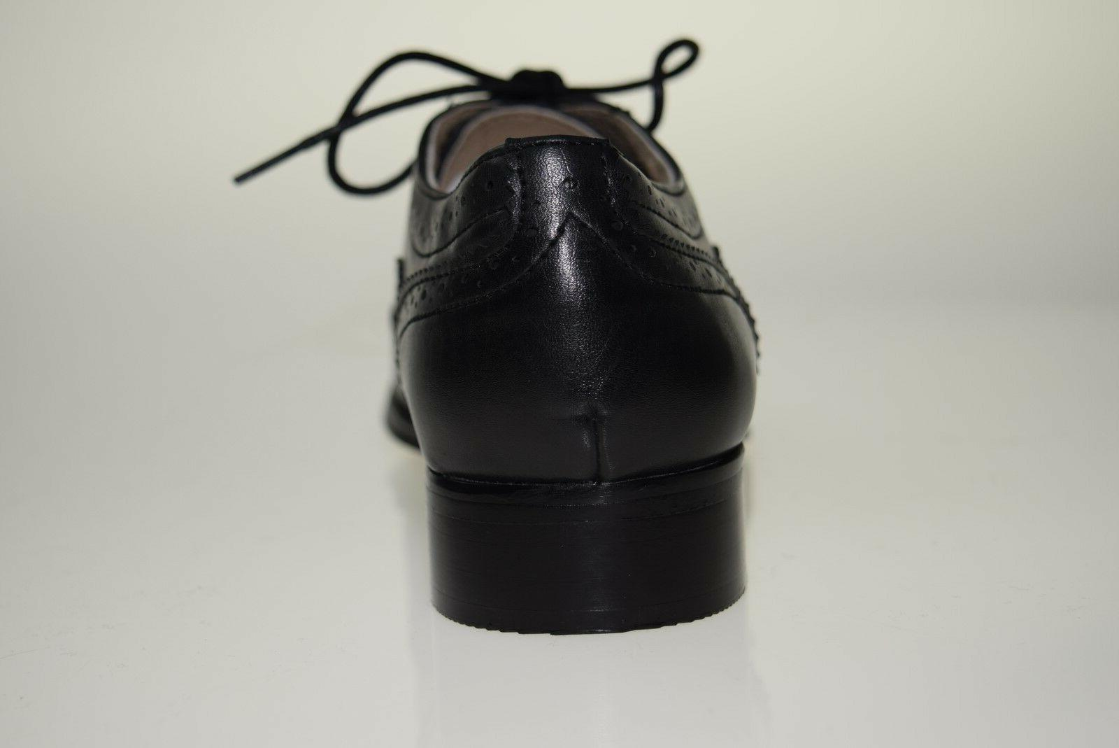 Wanted Women's Oxford Size/Color
