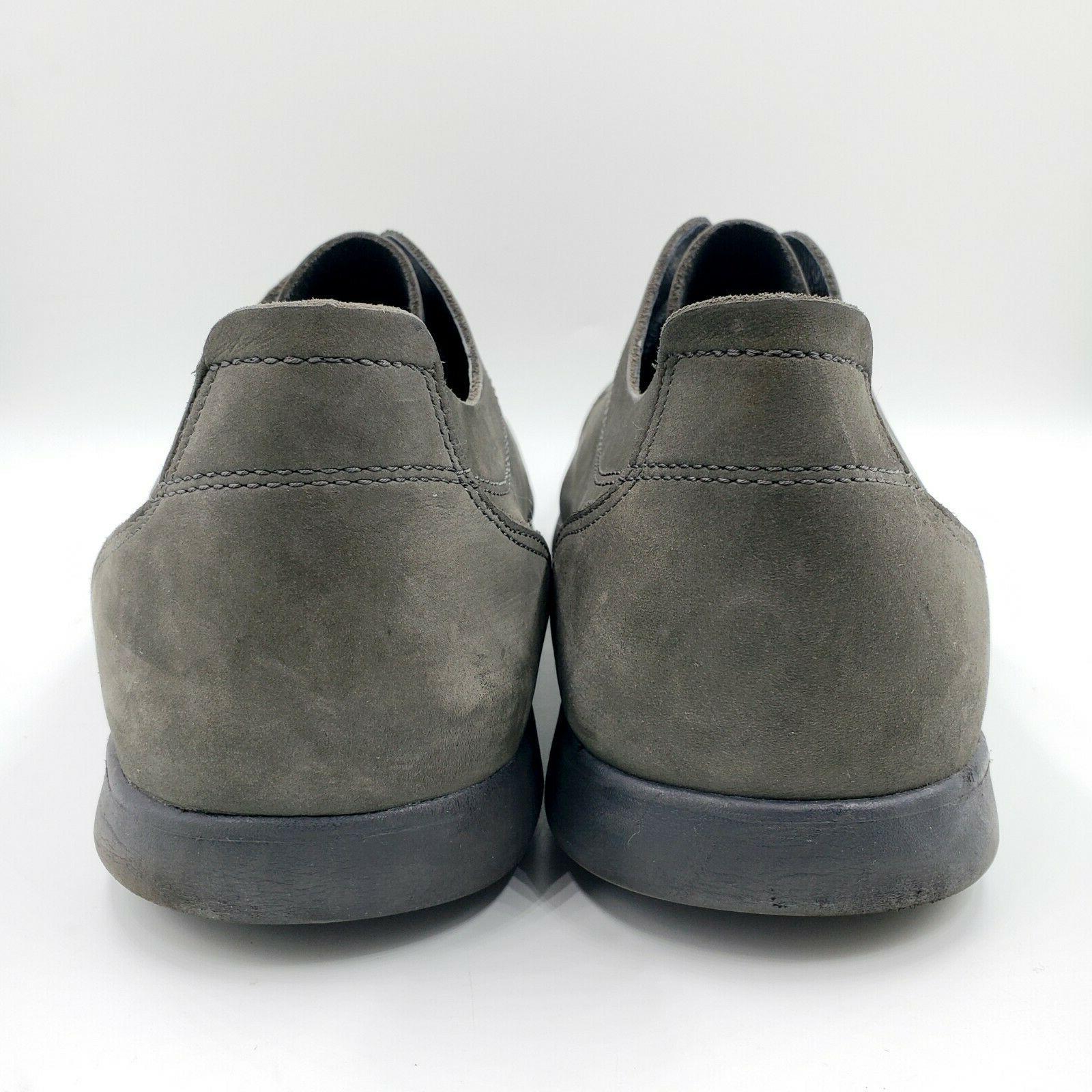 Crocs Leather
