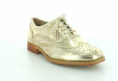 Wanted Shoes Womens Babe Almond Toe Oxfords, Gold, Size 7.5