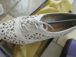 NEW MADDEN GIRL LOVA PERFORATED FLATS/ OXFORD SHOES WOMENS 6