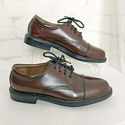 NWOB Dockers GORDON Cap-Toe Oxfords Mens Size 9.5W Burgundy