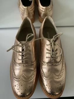 NWOB Wanted Women Rose Gold Oxford Flat Lace Up Shoes Size 8