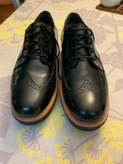 CLARKS Women's Oxford 100% Leather Size 10 New Without Box