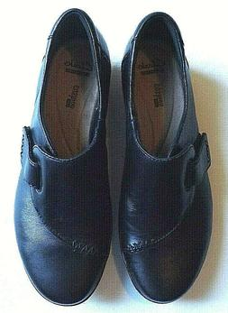 Womens CLARKS Size 8M Everl Black Leather Slip-On Oxford Sho